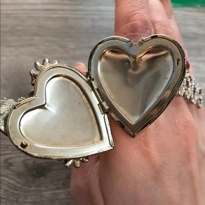 Vintage Jewelry - locket butterfly & love double crystal rings 90s